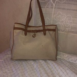 Tommy Hilfiger purse with brown straps (used)
